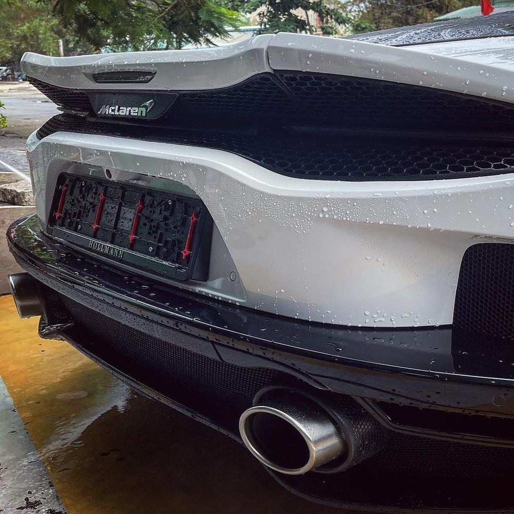 Hình ảnh hiếm hoi về chiếc siêu xe McLaren GT đầu tiên về nước