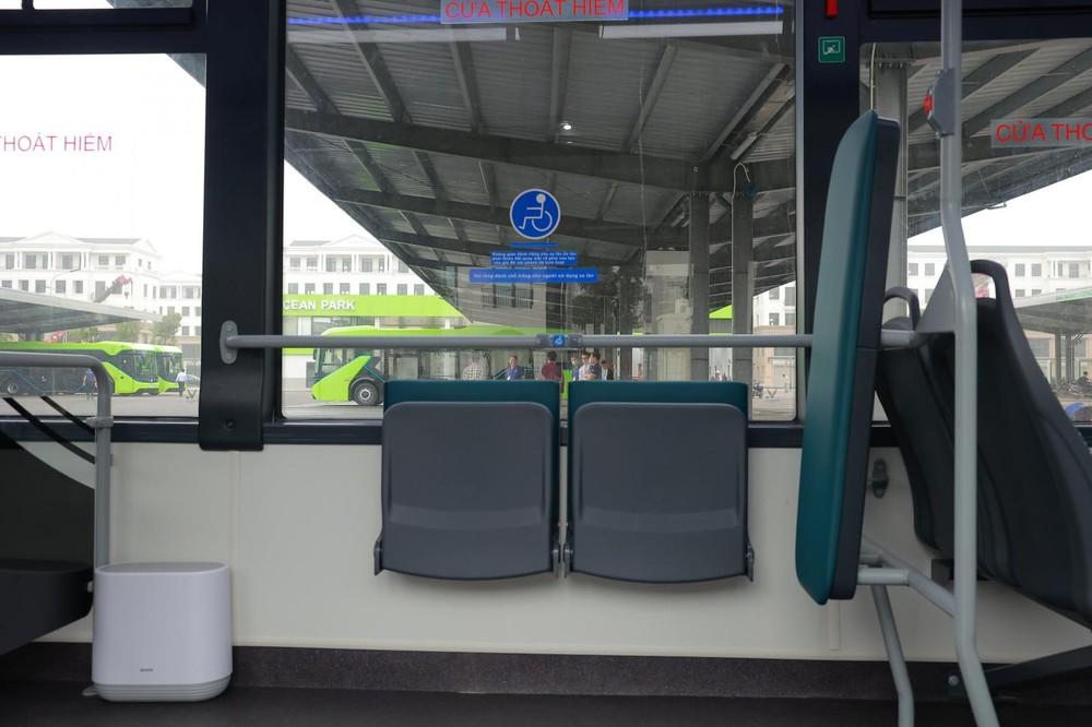 Khu vực dành riêng cho người ngồi xe lăn.