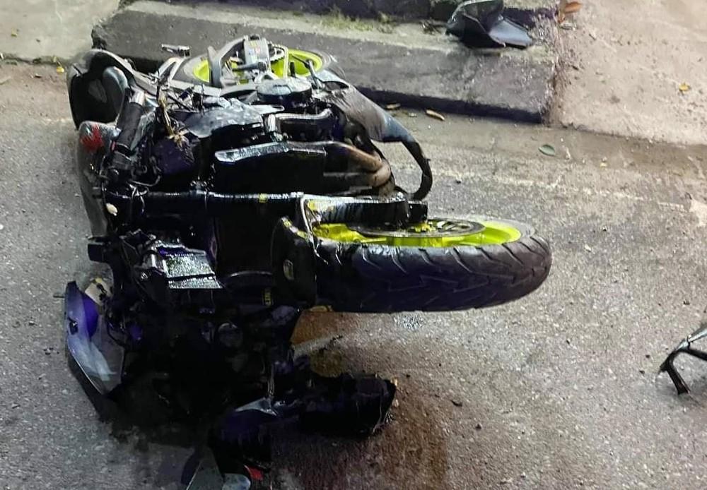 Hiện trường vụ tai nạn xe phân khối lớn tại Nam Định vào tối qua