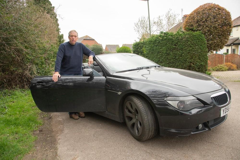 David Murch, 61 tuổi, có sở hữu một chiếcBMW 6 Series Convertible