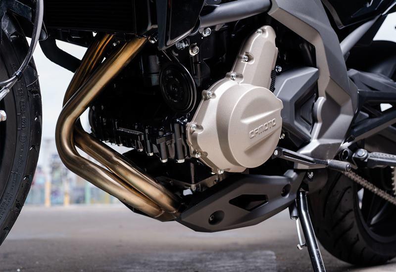 Xe sử dụng khối động cơ cho công suất 60 mã lực
