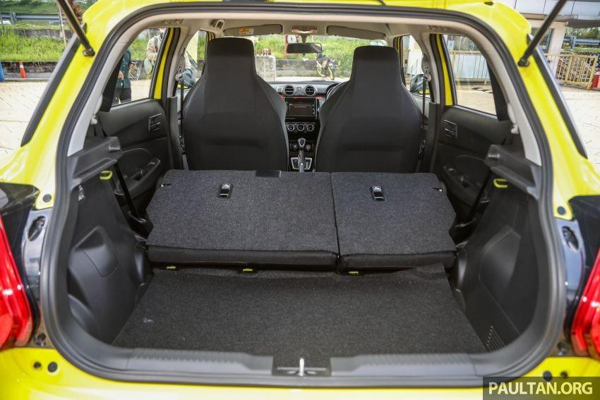 Khoang hành lý của Suzuki Swift Sport 2021