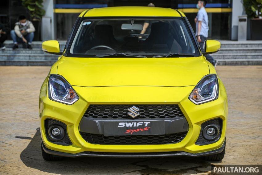Thiết kế đầu xe của Suzuki Swift Sport 2021
