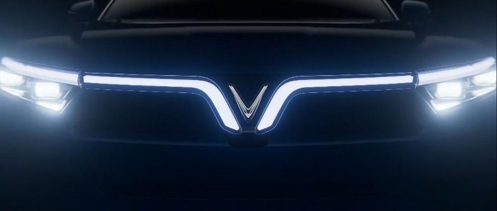 Dải đèn LED trước của VinFast VF e36.