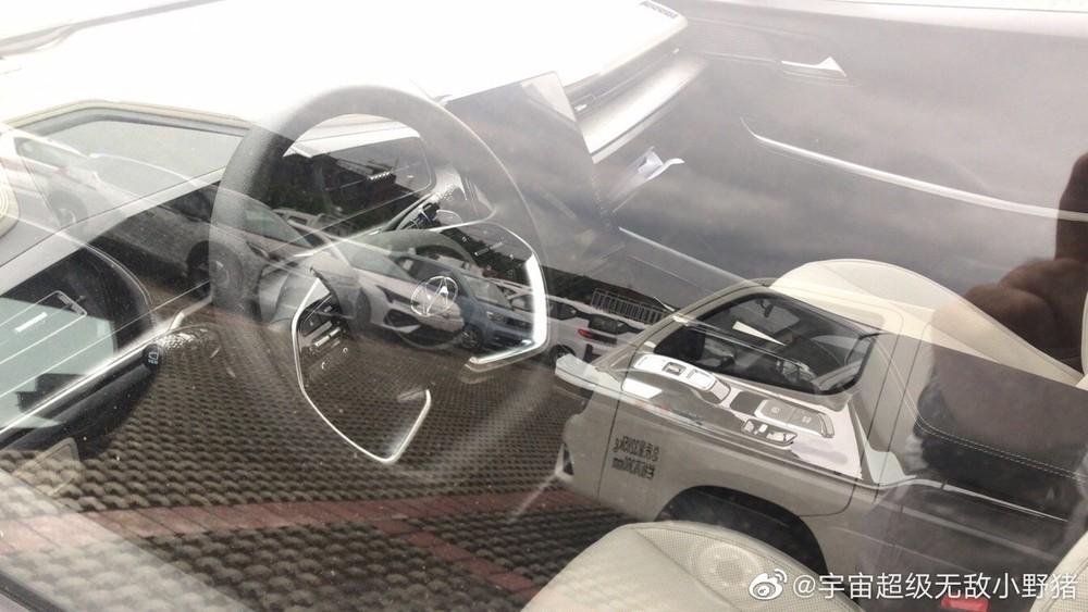 Hình ảnh chụp lén nội thất của Hyundai Custo trên đường thử