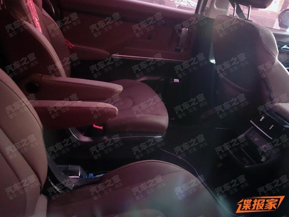 Hyundai Custo bản 6 chỗ