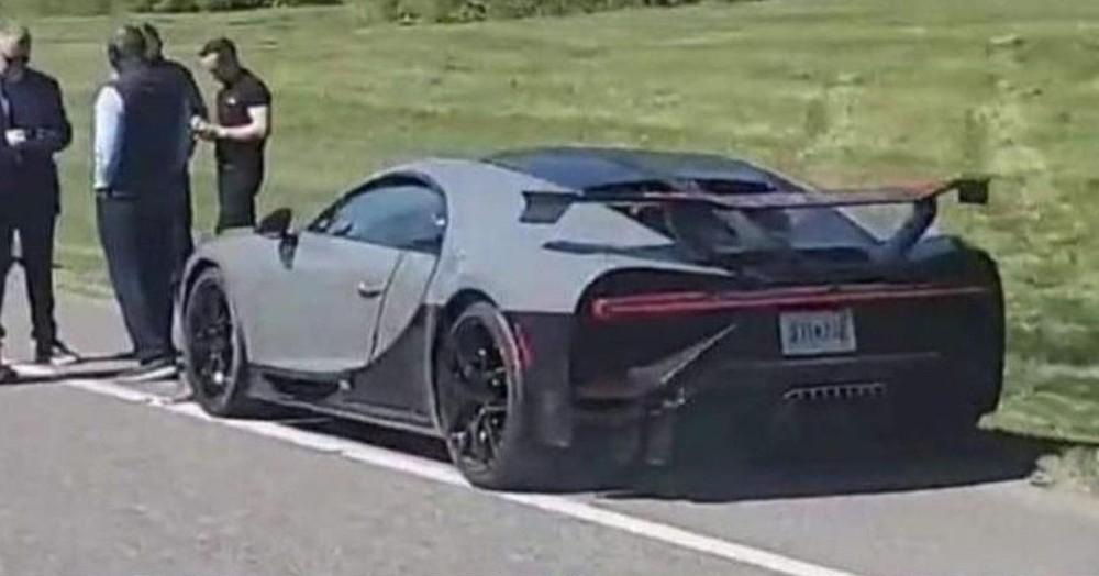 Chiếc Bugatti Chiron Pur Sport bị hỏng nhẹ nhưng vẫn gây thiệt hại không nhỏ