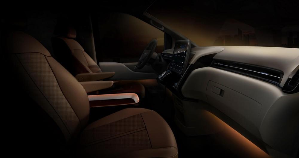 Hyundai Staria 2021 dùng màn hình thông tin giải trí dạng cảm ứng với kích thước 10,25 inch
