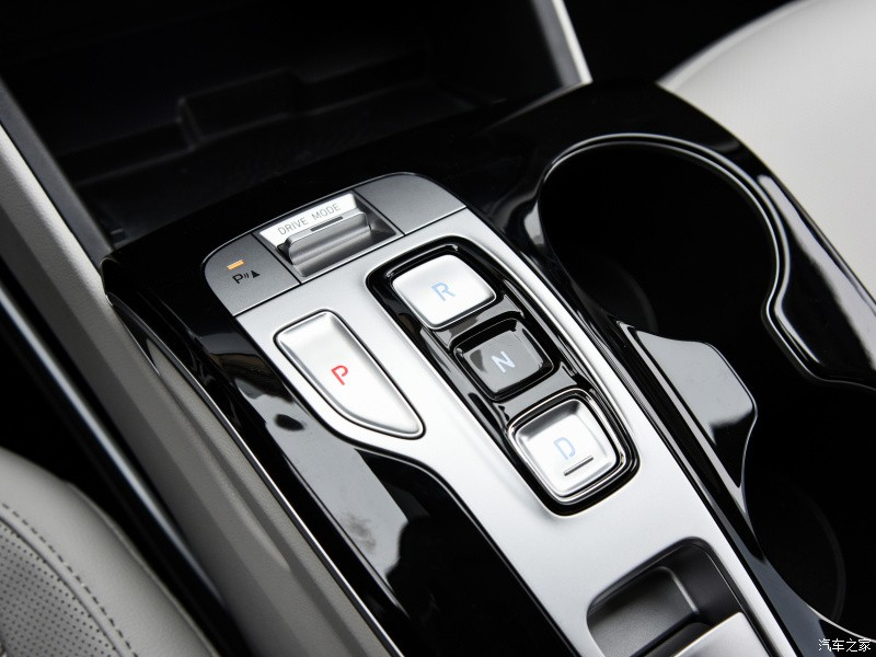 Cụm điều khiển trung tâm của Hyundai Tucson L 2021