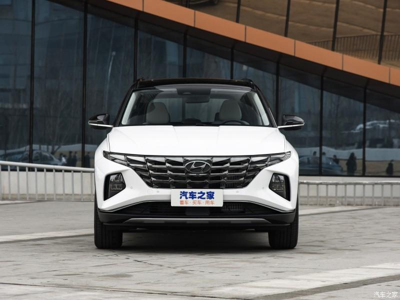 Cận cảnh đầu xe của Hyundai Tucson L 2021