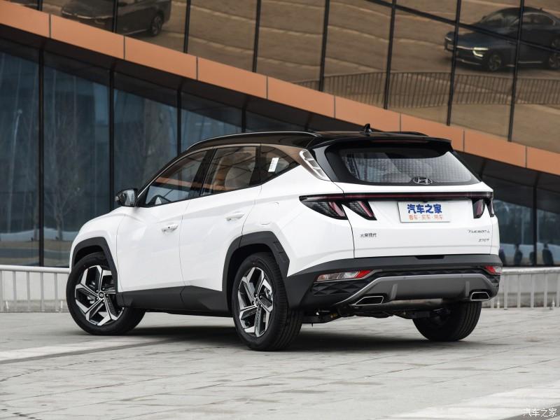 Thiết kế đuôi xe của Hyundai Tucson L 2021