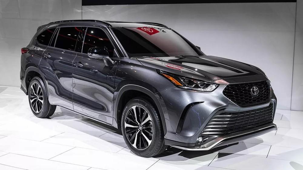 Thiết kế đầu xe của Toyota Highlander XSE