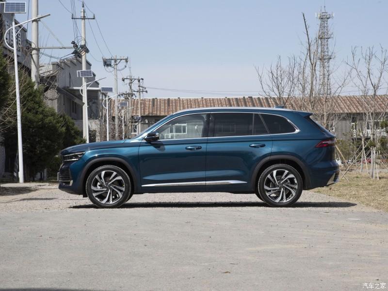 Geely Xingyue L 2021 thuộc phân khúc SUV cỡ trung