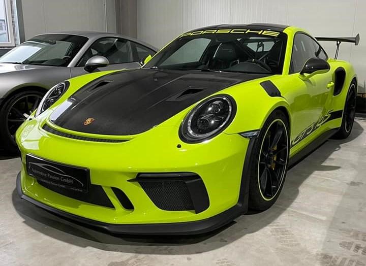 Diện mạo của chiếc Porsche 911 GT3 RS lúc còn ở nước ngoài