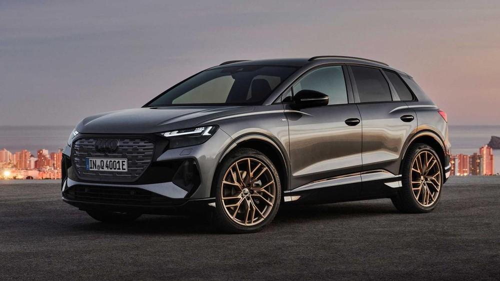 Audi Q4 E-Tron và Q4 Sportback E-Tron 2022 đều có đèn pha Matrix LED