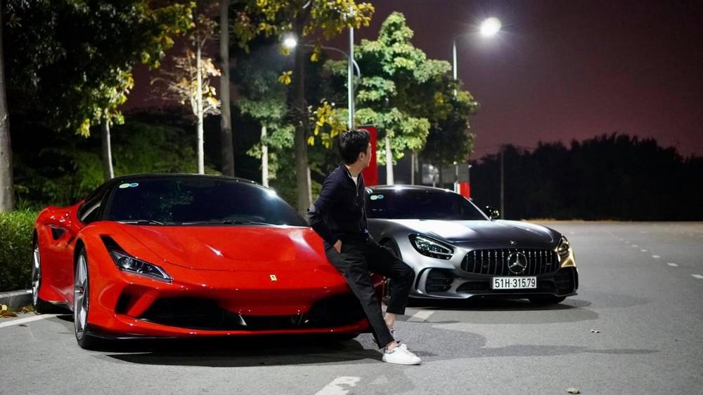 Cường Đô-la rất thích trải nghiệm siêu xe Ferrari, chiếc xe đang có mặt trong garage của doanh nhân 8X này là F8 Tributo thuộc diện xe đầu tiên về nước