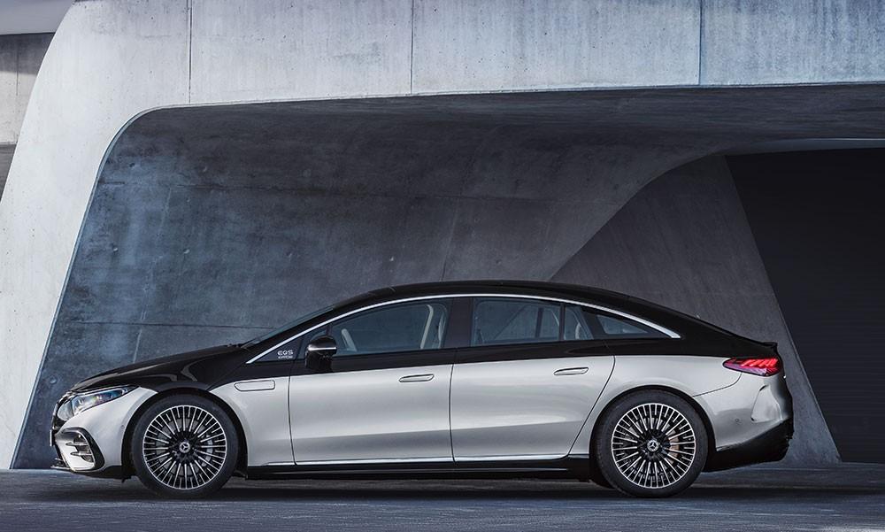 Hãng Mercedes-Benz cho rằng camera kỹ thuật số có thể khiến khách hàng bị say xe