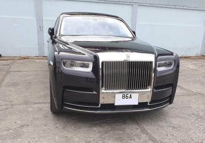 Chiếc xe siêu sang Rolls-Royce Phantom thế hệ thứ 8 mang biển số tỉnh Bình Thuận