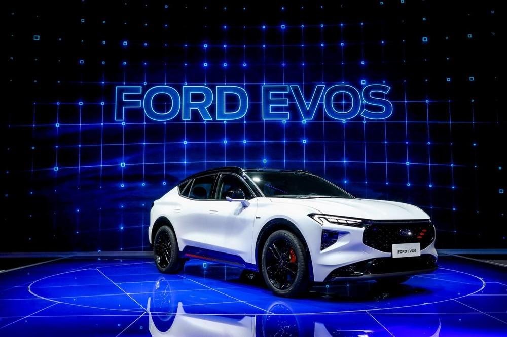 Ford Evos trình làng tại Trung Quốc