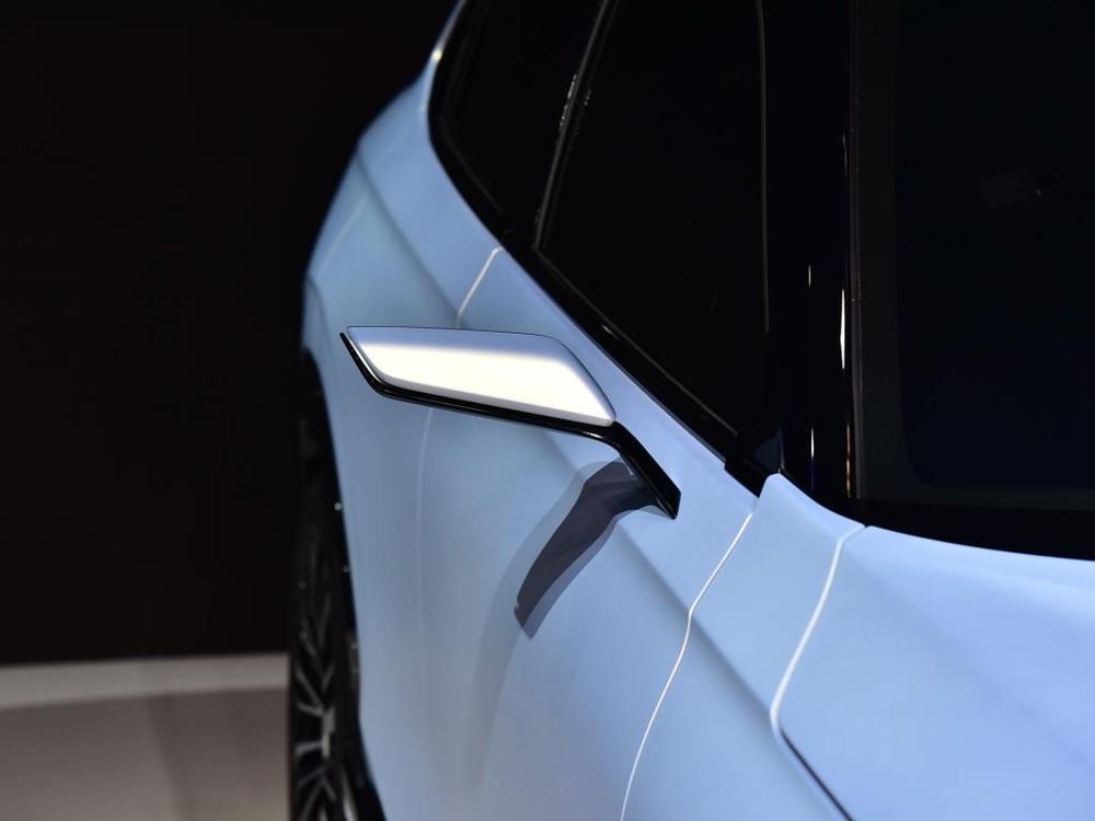 Gương ngoại thất thanh mảnh của Honda SUV e:prototype