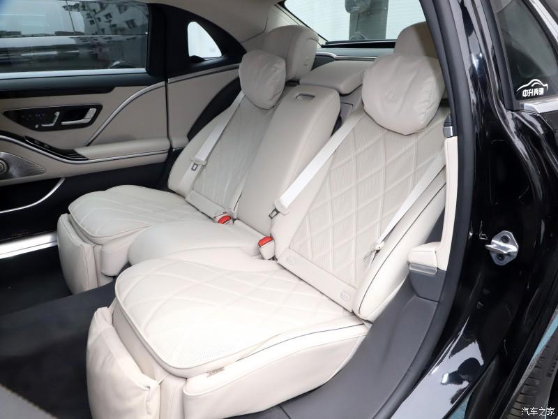 2 ghế sau của Mercedes-Maybach S480 2021