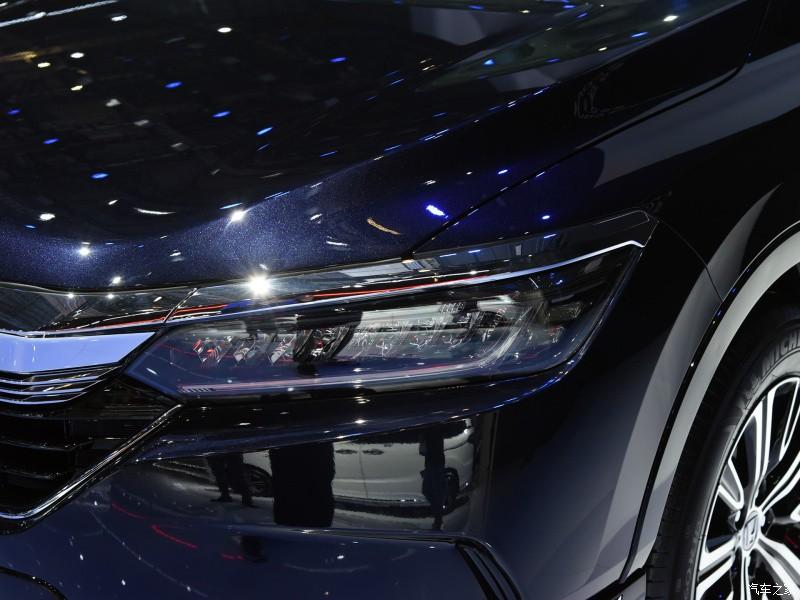 Cận cảnh đèn pha của Honda Breeze e:PHEV 2021