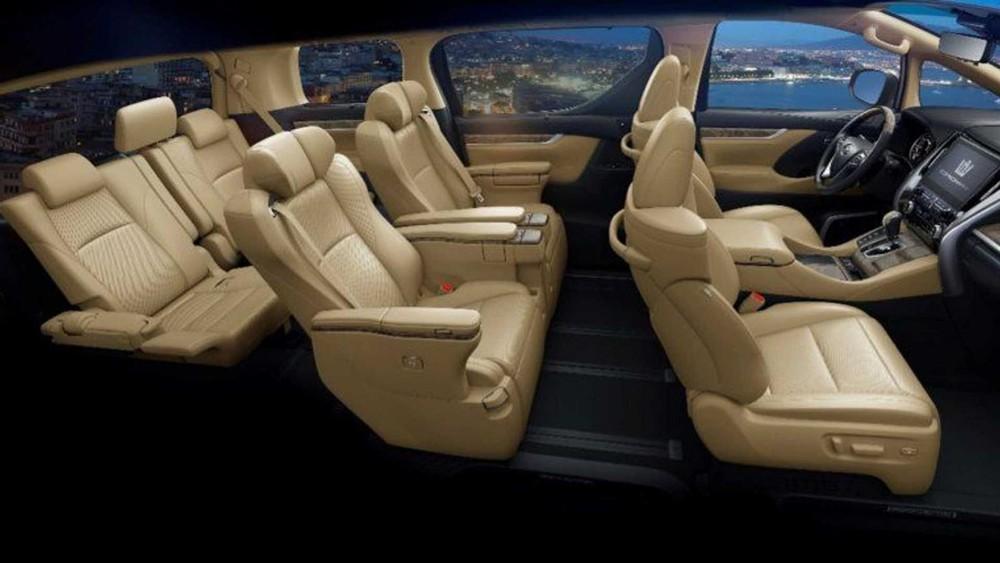 Bố cục ghế ngồi của Toyota Crown Vellfire