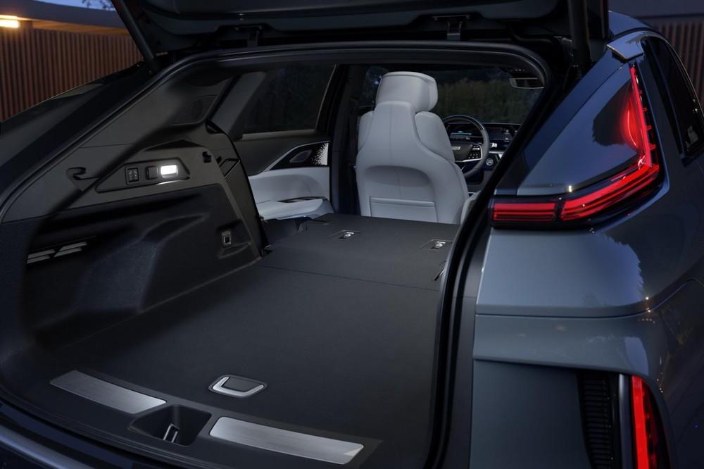 Khoang hành lý của Cadillac Lyriq 2023