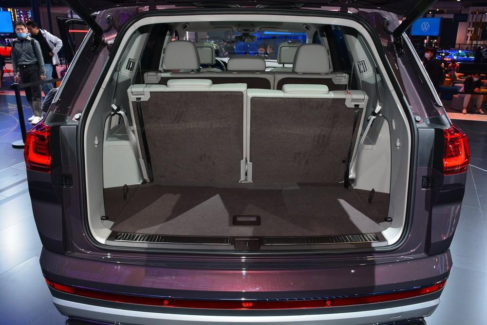 Khoang hành lý của Volkswagen Talagon
