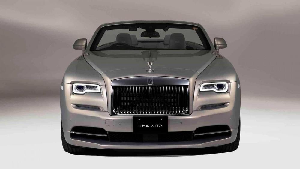 Đầu xe Rolls-Royce Dawn The Kita