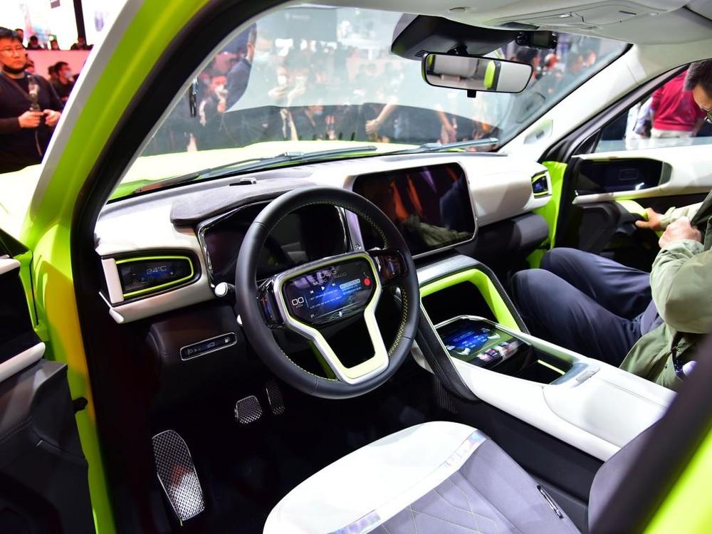 Haval X Dog có ít nhất 6 màn hình trong xe