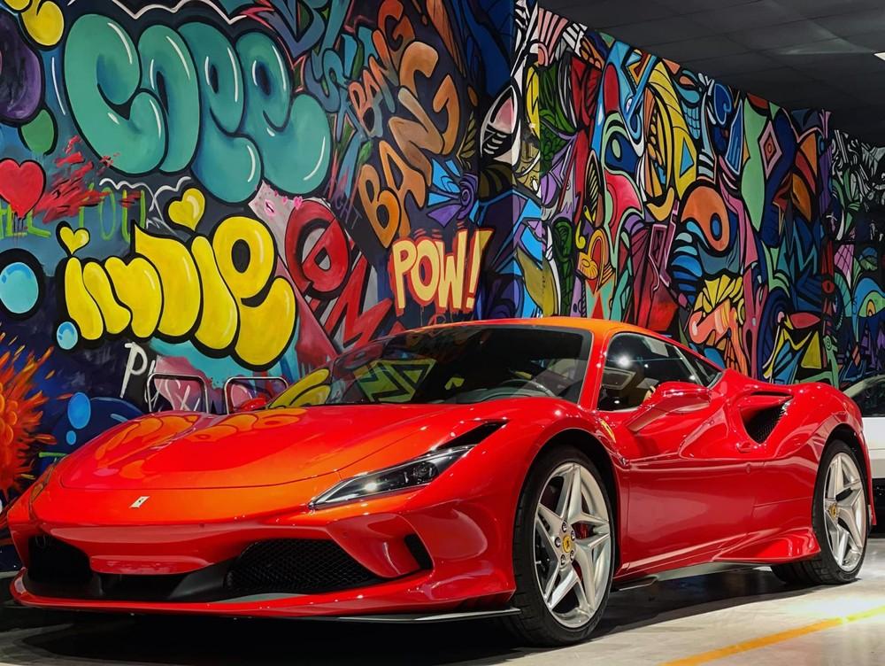 Có tổng cộng 5 chiếc siêu xe Ferrari F8 về Việt Nam