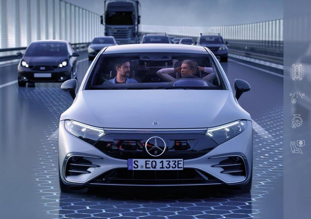 Mercedes-Benz EQS được trang bị hệ thống hỗ trợ lái Drive Pilot bán tự động cấp độ 3.
