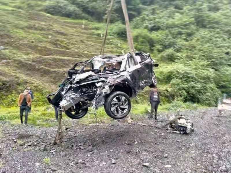 Chiếc Beijing X7 bị hư hỏng nặng