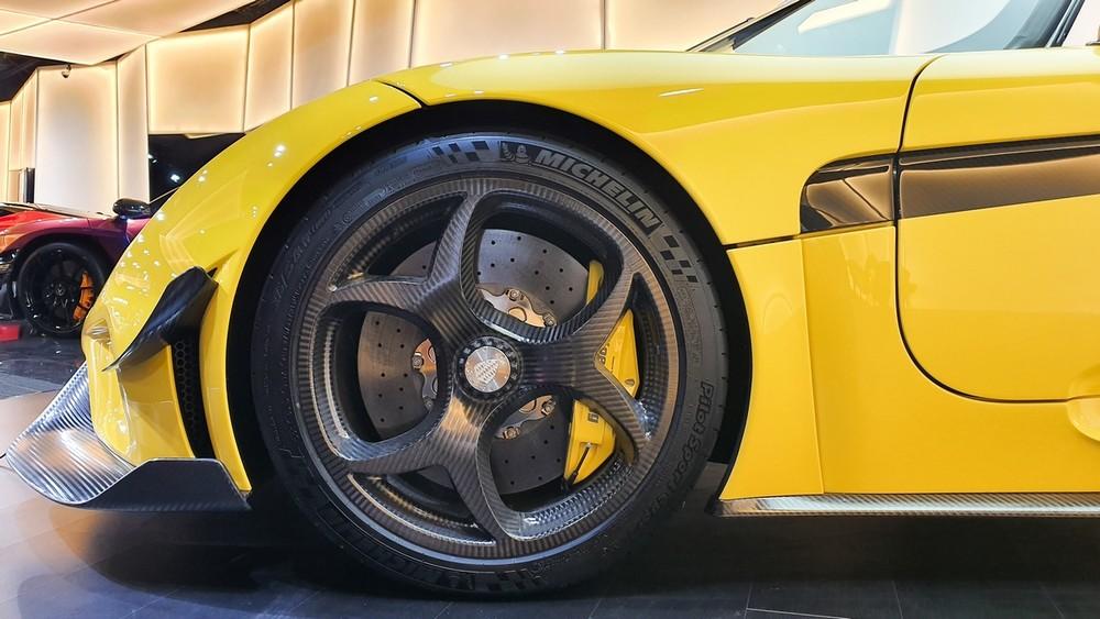 Bộ mâm carbon của siêu xe Koenigsegg Regera