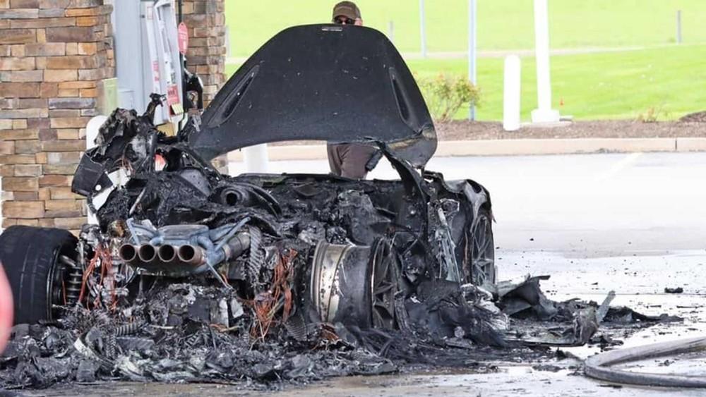 Rất khó để sửa chữa lại chiếc siêu xe McLaren 765LT này