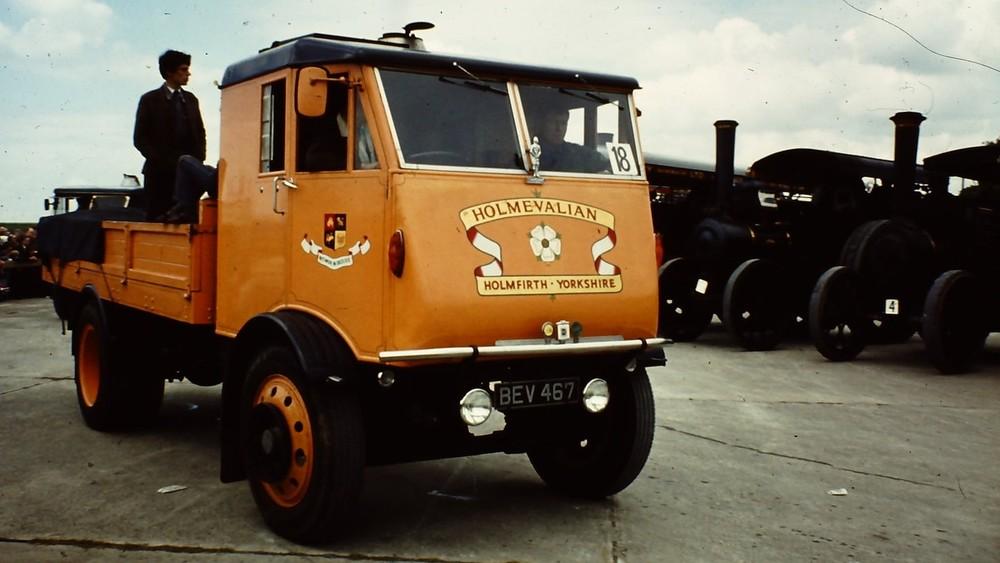Sentinel Steam Waggon Works là công ty sản xuất xe chạy bằng hơi nước nổi danh trong quá khứ