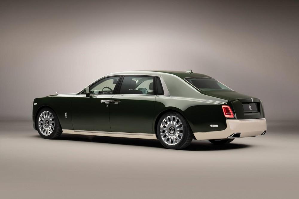 Phantom Oribe là sự kết hợp giữa Rolls-Royce và hãng thời trang Hermes
