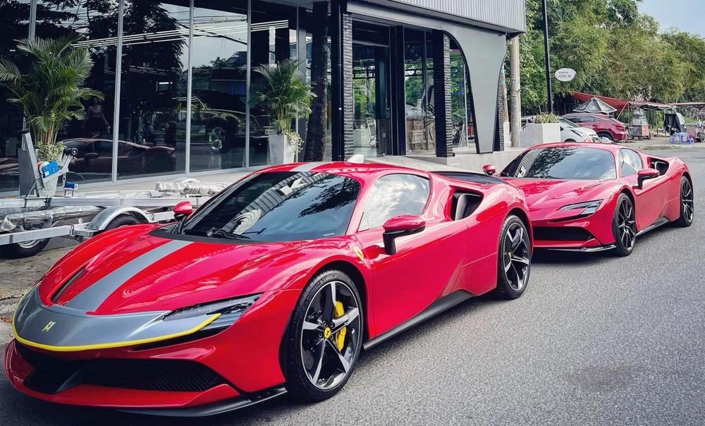 Siêu xe Ferrari SF90 Stradale thứ 2 được trang bị thêm bộ tem mới tạo điểm nhấn