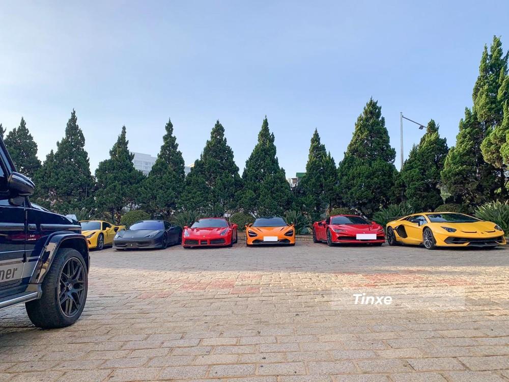 Dàn siêu xe của nhà giàu Việt đổ bộ lên Đà Lạt vào rạng sáng hôm nay