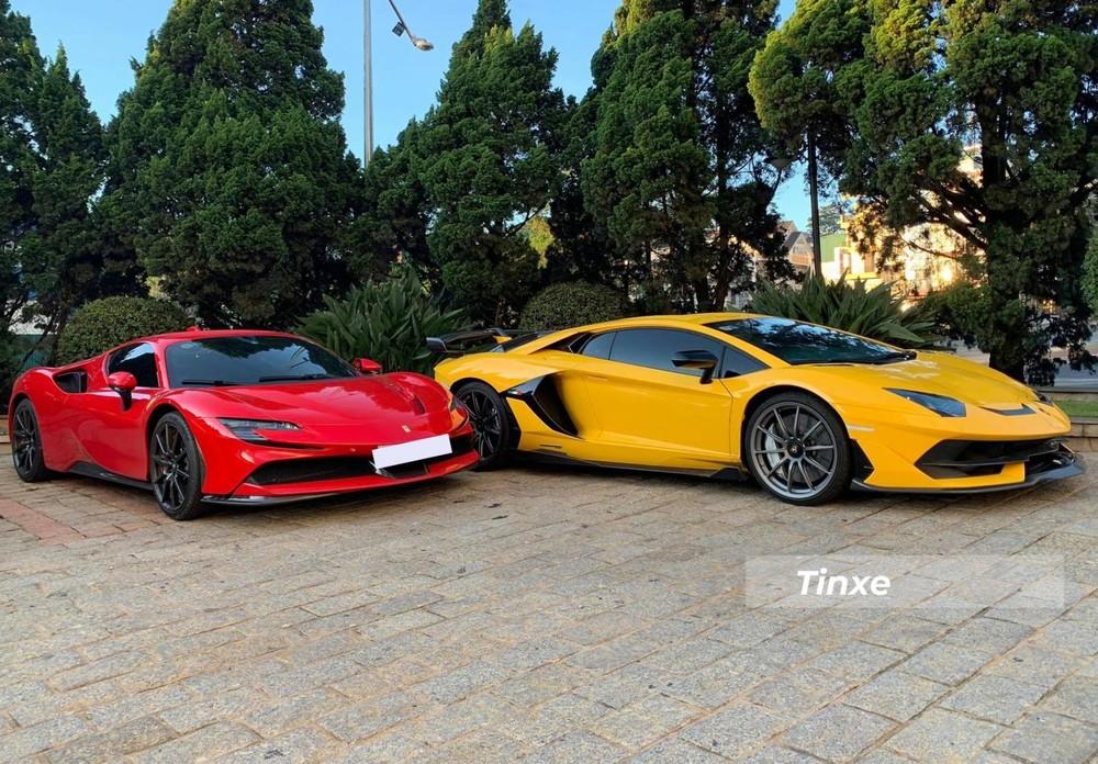 Ferrari SF90 Stradale đỗ cạnh siêu xe Lamborghini Aventador SVJ