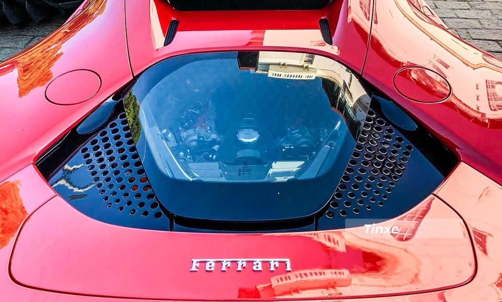 Ferrari SF90 Stradale sử dụng động cơ hybrid