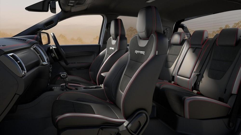 Ford Ranger Raptor X 2021 có nội thất 5 chỗ ngồi