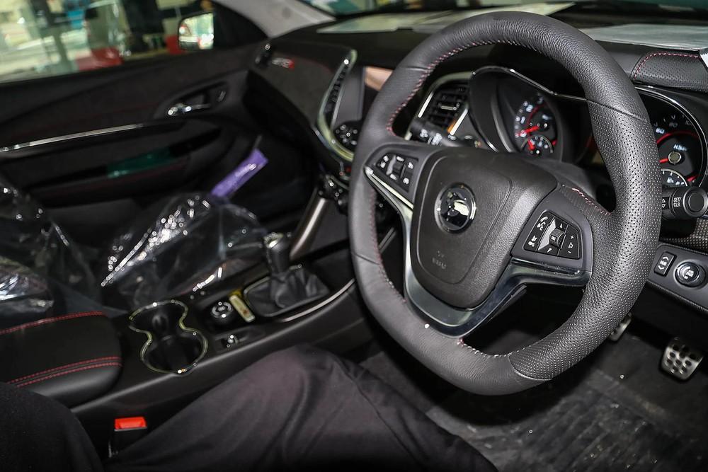 Hệ thống lái của bán tải Holden HSV Maloo GTSR