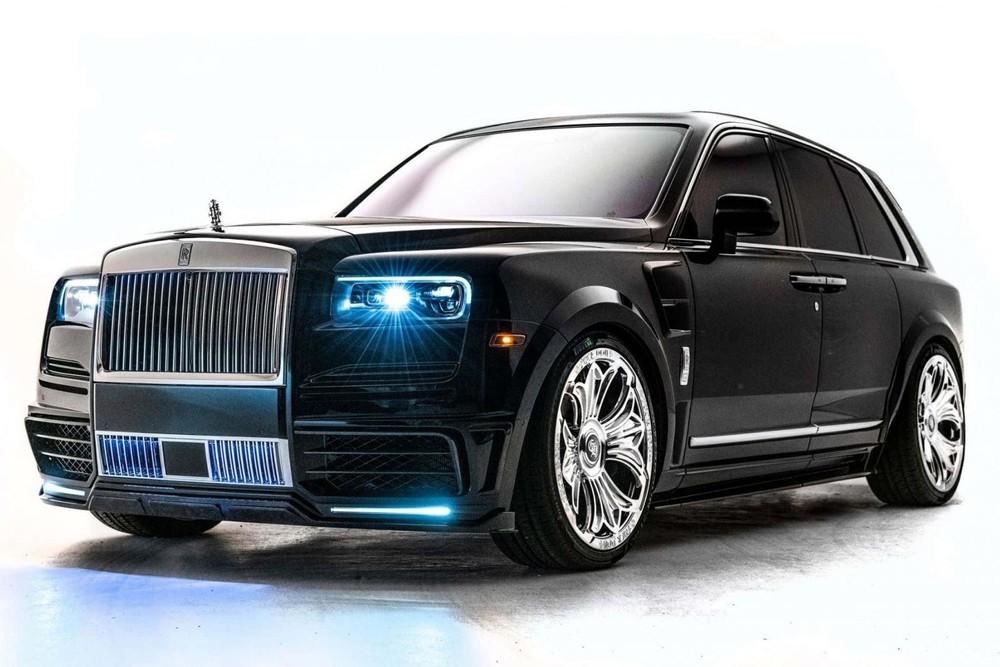 Ngoại thất chiếc Rolls-Royce Cullinan hợp tác Chrome Hearts của Drake
