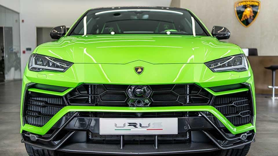 Lamborghini Urus Pearl Capsule đầu tiên về Campuchia, sự chịu chơi của nước láng giềng