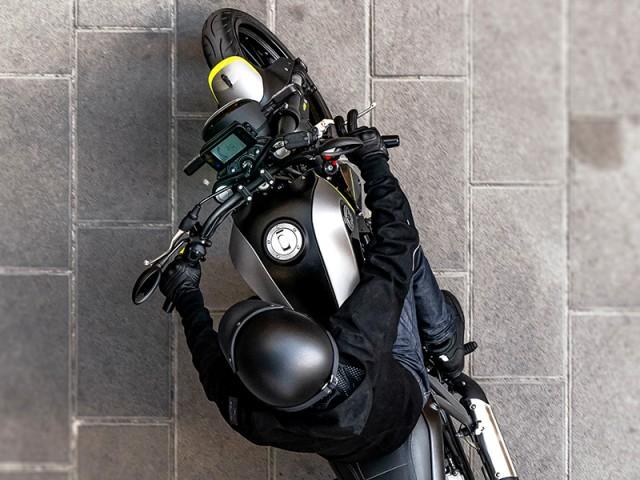 Benelli Leoncino 250 2021 có thiết kế giống đàn anh 500 phân khối