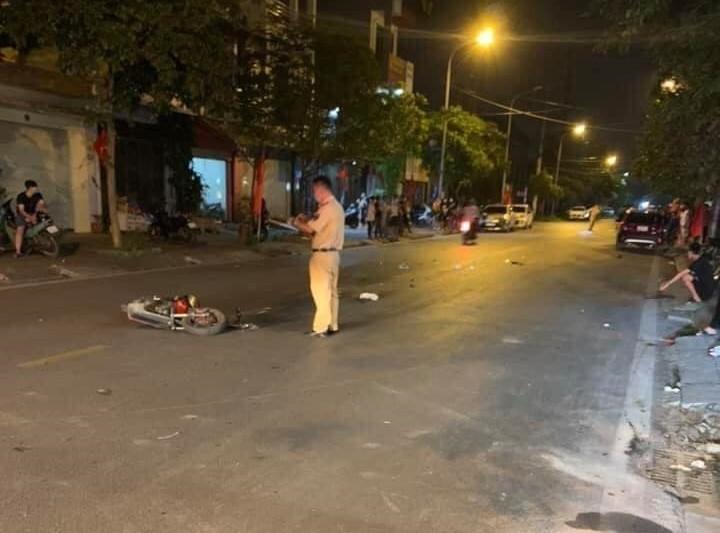 Cảnh sát giao thông đã nhanh chóng vào cuộc truy bắt người gây ra tai nạn liên hoàn