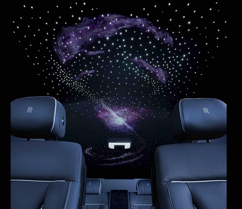 Trần xe bầu trời sao của Rolls-Royce Phantom Tempus