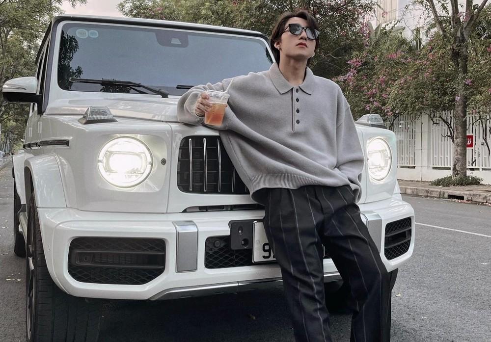 Sơn Tùng M-TP khoe dáng bên chiếc SUV hạng sang Mercedes-AMG G63 mới tậu